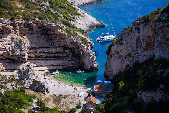 Stiniva Bay in Vis